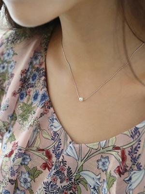 プチ真珠ネックレス