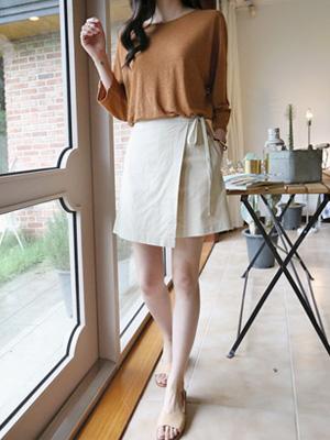 位置スカートパンツ