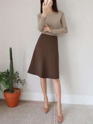 サスAラインスカート