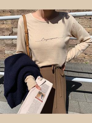ボンジュパリラウンドティーシャツ